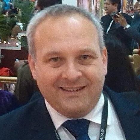 Vladimir Martinov Beehive Hospitality