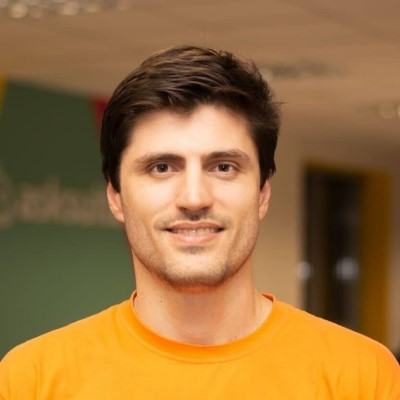 Rodrigo Teixeira CEO Asksuite Hotel Chatbot