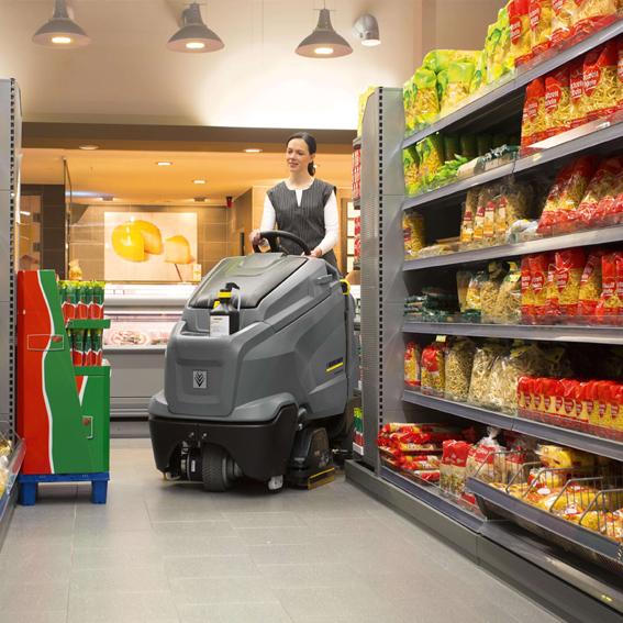 Equipamento prático para limpeza de pisos