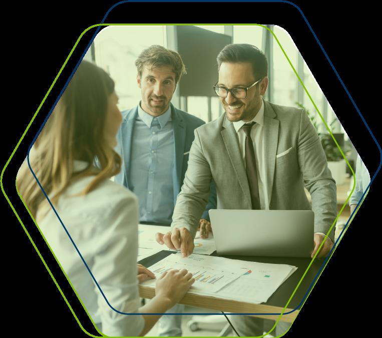 Análises de Tendência e KPIs Financeiros