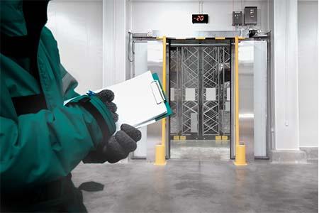 Uniformes com Proteção Térmica - Solo Corporativo