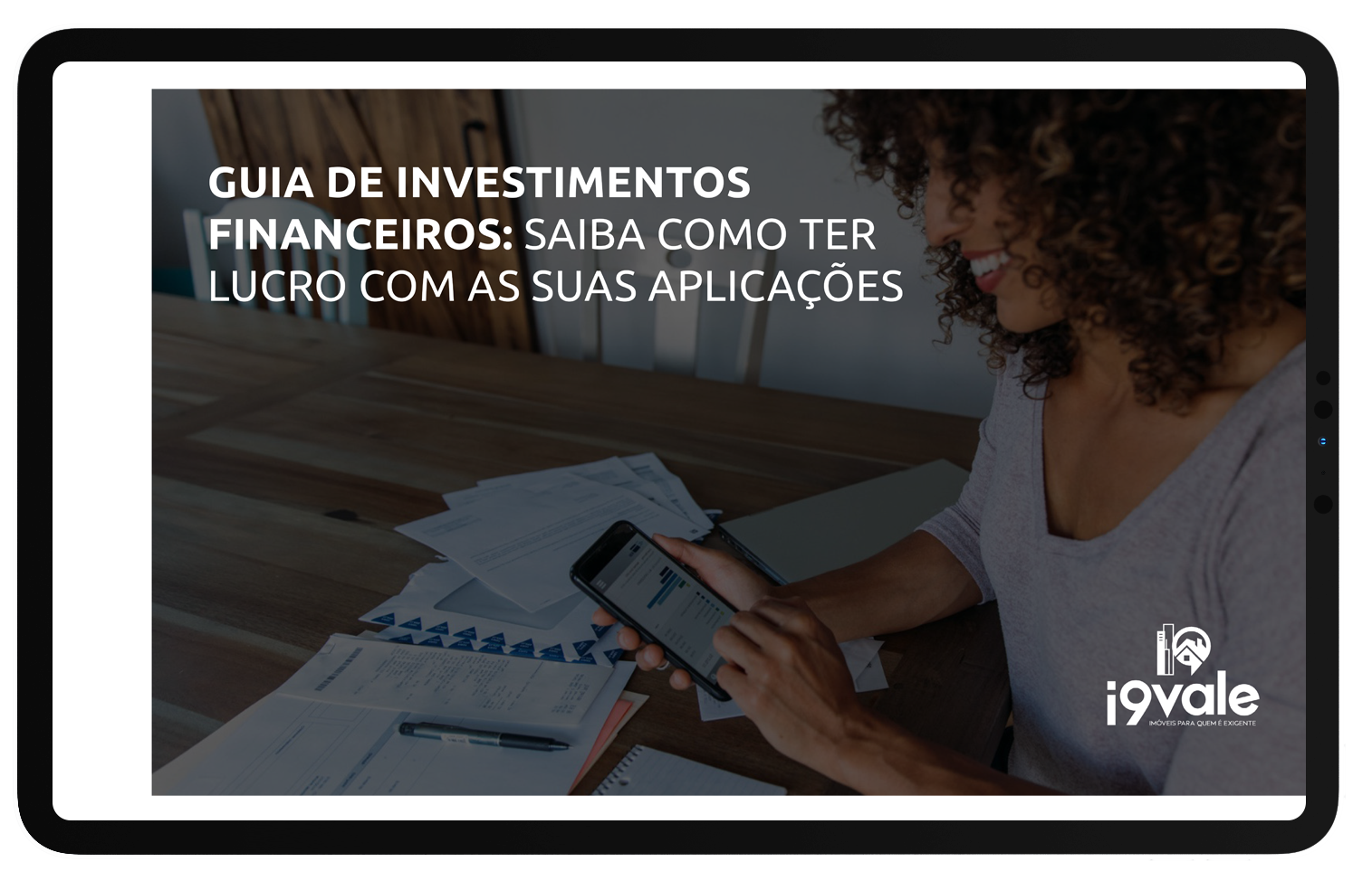 Mockup como viver de renda de investimento de imóveis