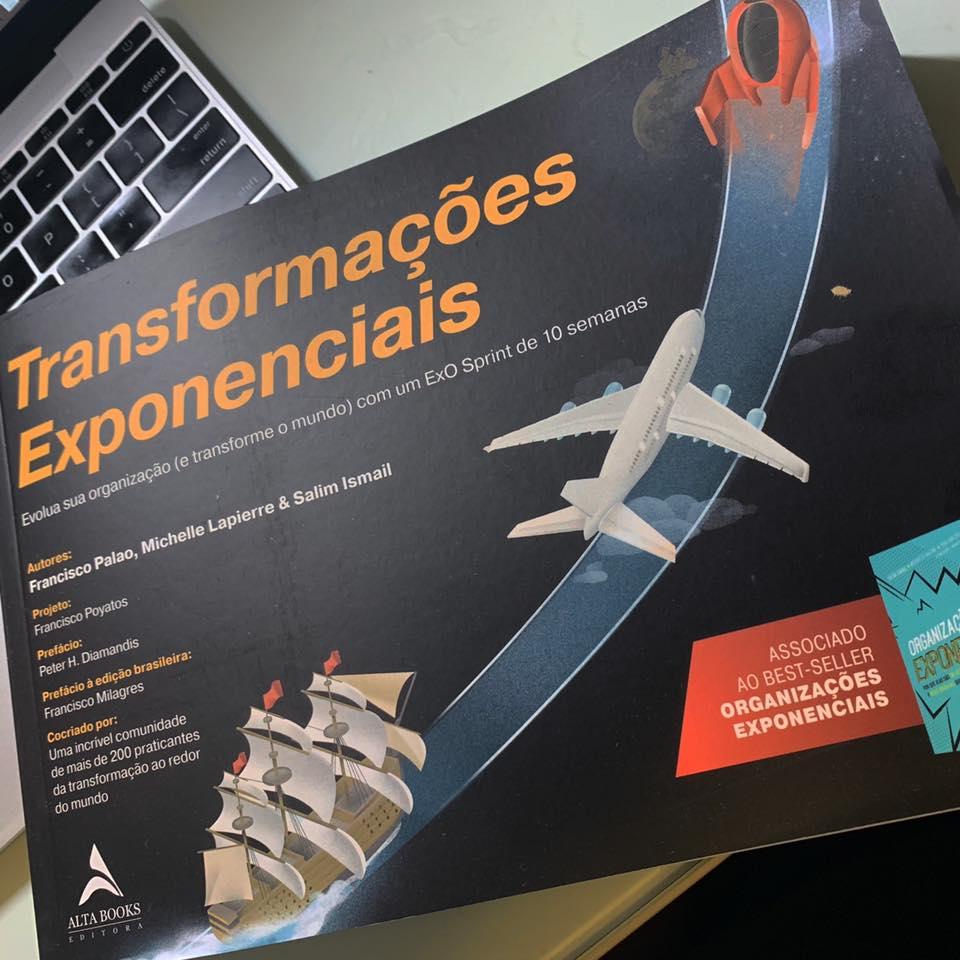 """Capa do livro """"Transformações Exponenciais"""""""