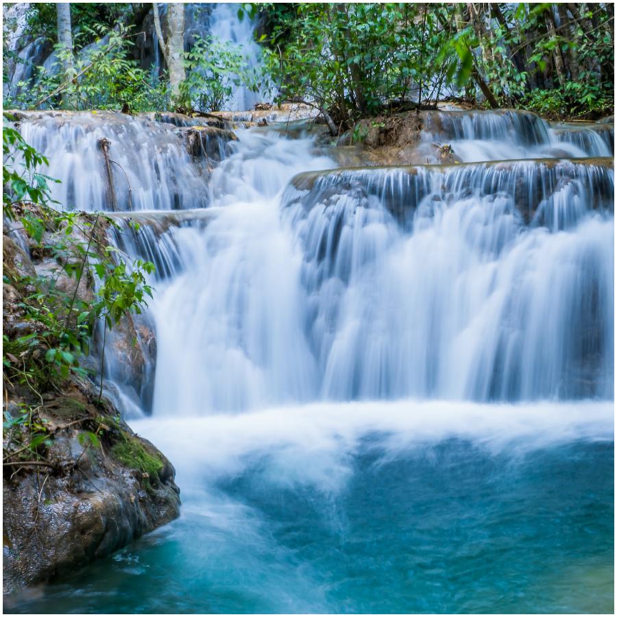 Passeio de Trilhas e Cachoeiras na Boca da Onça