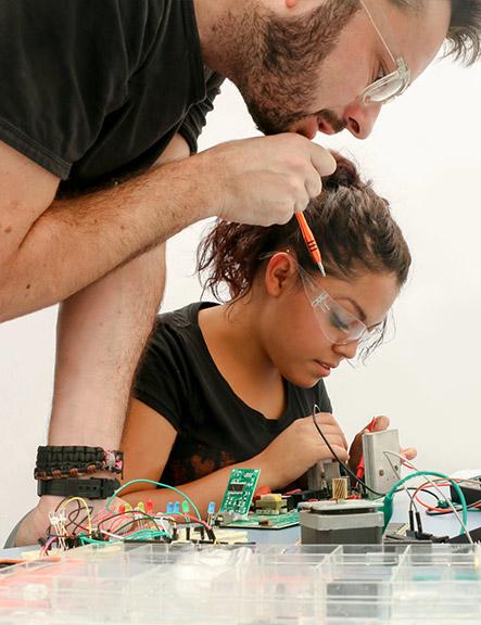 Ama criar projetos de eletrônica? Queremos você!