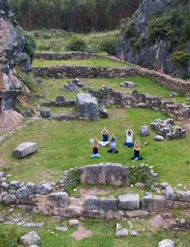 Yoga e bem-estar no Peru