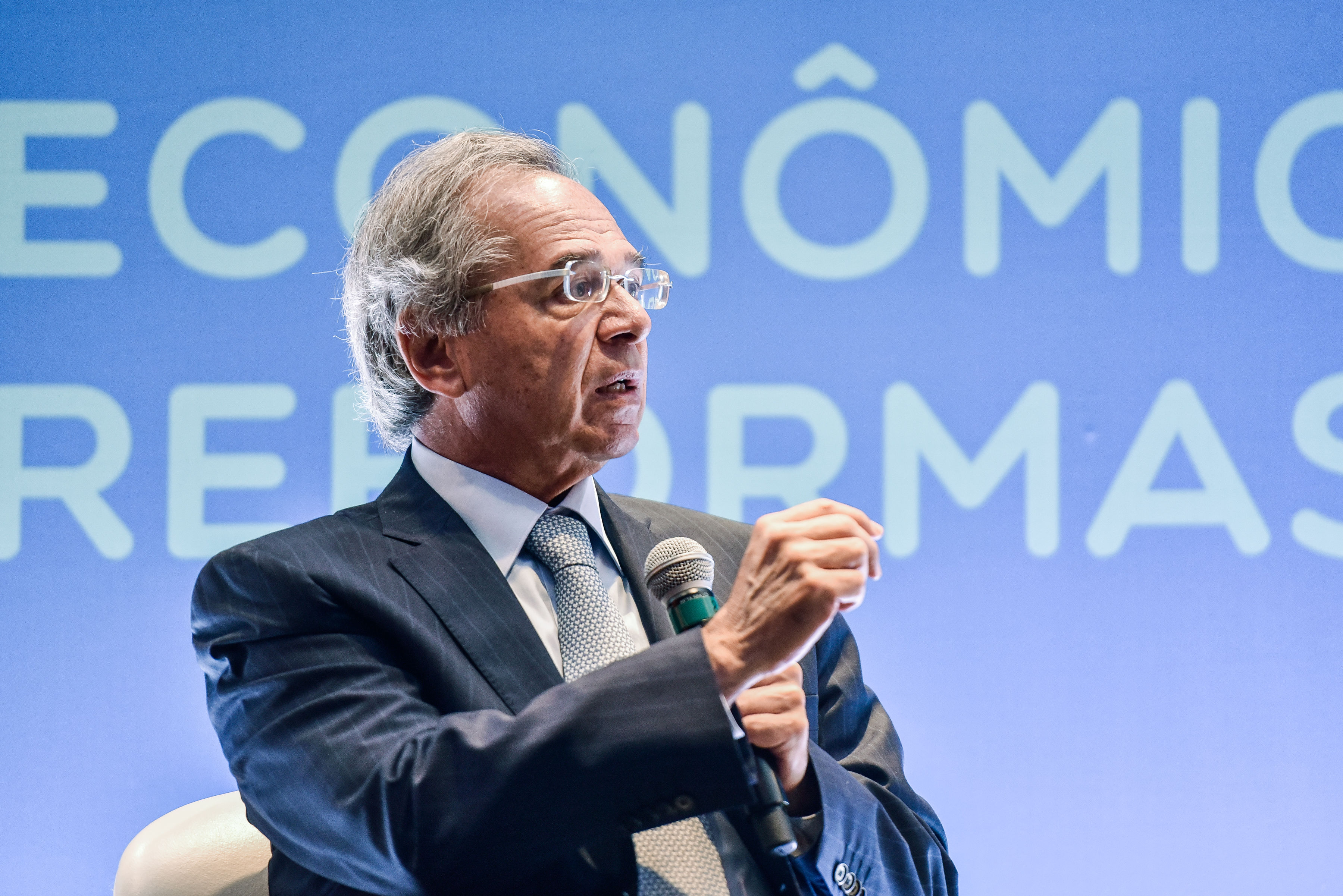 """Reforma do serviço público deve atacar """"penduricalhos"""""""