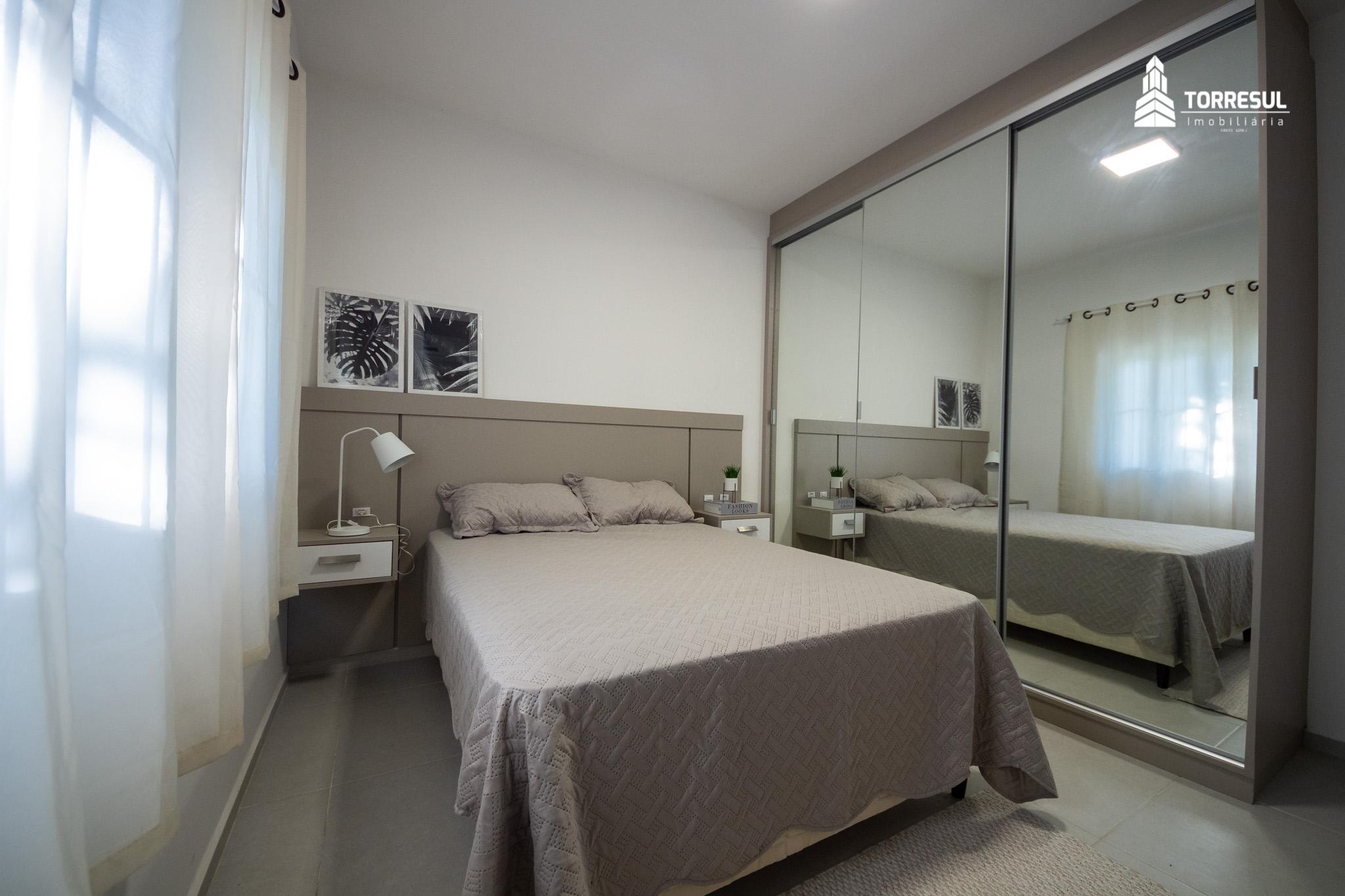 quarto de casal do apartamento