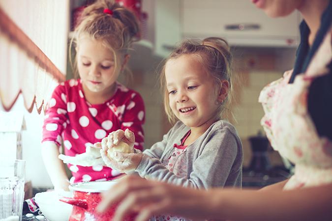 pais-e-filhos-na-cozinha-boutique-infantil
